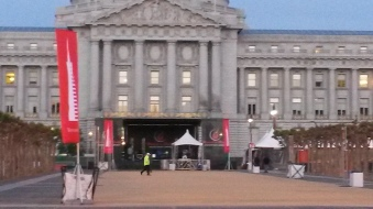 City Hall pre-race at dawn